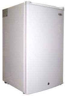 CU ft Upright Freezer with Energy Star White Sunpentown