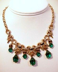 Early Faux Emerald Rhinestone Trifari Necklace Earrings
