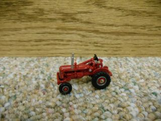 64 Ertl Farmall 100 Tractor Case IH Farm Toy