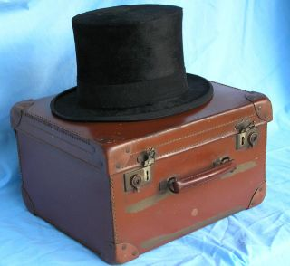 Vintage Christy's Top Hat Travel Case