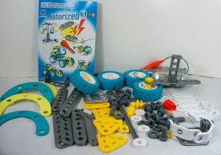 Erector Set Lot Wheels Gear Motors Boy Toy Building Set Storage Bucket