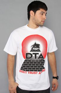 DTA   Rogue Status The Annuit Coeptis Tee in White