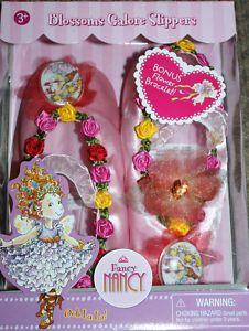 Fancy Nancy Blossoms Galore Slippers Bonus Flower Bracelet NIB