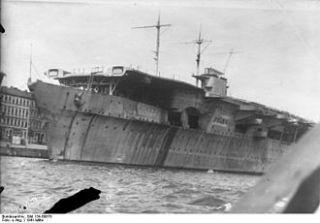 700 1 720 Built DKM Graf Zeppelin WW2 German Carrier Very Beautiful