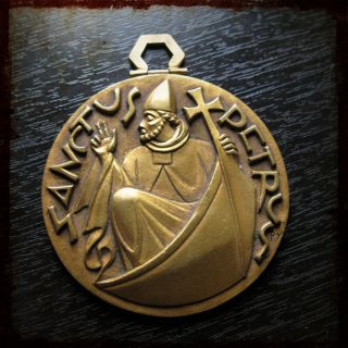 Antique Fernand Py Religious Gold Plated Medal with Saint Peter St