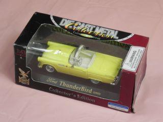 Road Signature Ford 1955 Thunderbird Diecast Car