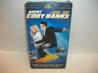 Agent Cody Banks Kids James Bond VHS Movie Video Cassette Hilary Duff
