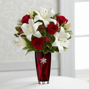 FTD Holiday Celebrations Bouquet 12 C1 Christmas Flowers by Florist
