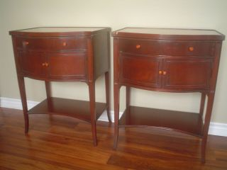 LOCAL PICKUP IMPERIAL FURNITURE COMPANY ANTIQUE BEDSIDE TABLES