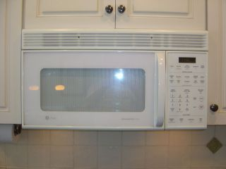 GE General Electric Profile Spacemaker XL Microwave Oven White Over