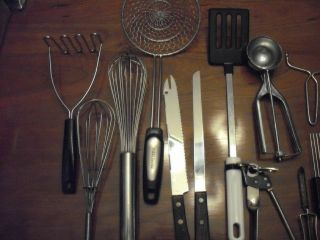 lot of assorted kitchen tools spider whisk pampered chef meat holder