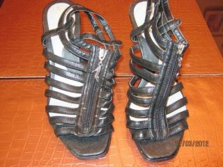 NWT GOMAX BAHAMAS MAN MADE STRAPPY RED SOLED STILLETO SANDALS SIZE 8M