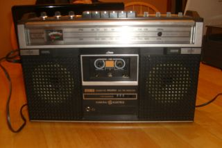 Vintage General Electric Radio Tape Cassette