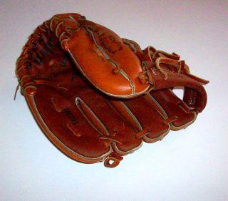 Wilson George Brett Youth Model Little League Glove Royals