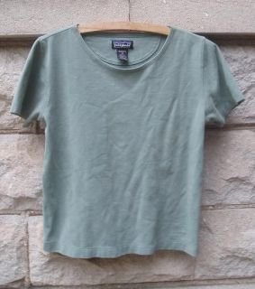 Organic Cotton Patagonia T Shirt Top Gramicci Shorts XS x Small