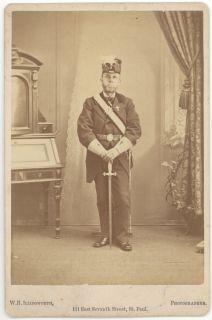 G07 676 John Lincoln Knights Templar Uniform Sword St Paul MN