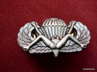 US ARMY RANGER OPEN LEGS PARACHUTE WINGS PIN DOUBLE CLUTCH MILITARY