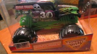 GRAVE DIGGER 2012 Hot Wheels MONSTER JAM 1 24 Big One RARE 30th