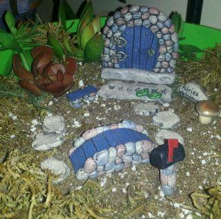 Fairy Door Mini Garden Kit 28 Hobbits Elves And Gnomes
