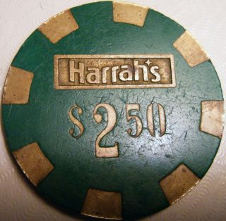 Harrahs $2 50 Chip TCR N5132 Brass Core Green 1980s