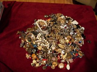 POUND LBS LOT OF SCRAP CRAFT REPAIR /WEARABLE JEWELRY COSTUME