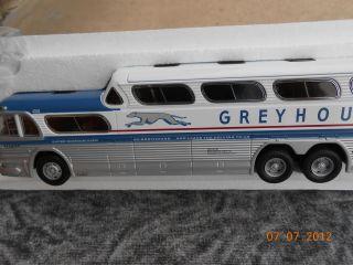 Greyhound Bus 50s Scenicruiser Corgi COA RARE
