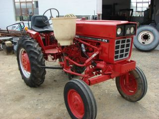 Case International 274 Diesel Farm Tractor Farmall