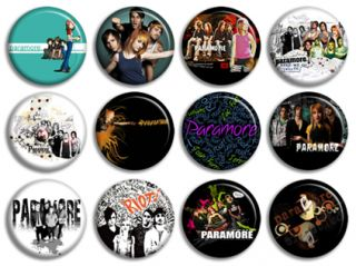 Paramore Hayley Williams 12 Buttons Pins Badges CD Neu