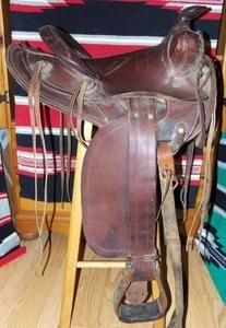 Higgins 9506  Roebuck Western Saddle Antique C 1940's