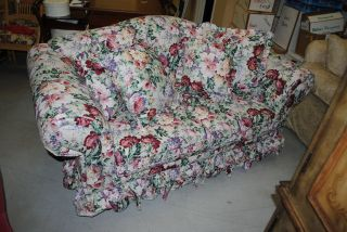 End Lora Ashley Style Floral Fabric Large Love Seat Sofa Hickory Hill