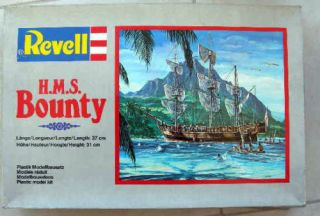 RARE Vintage Revell HMS Bounty Model Kit