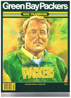 1992 Green Bay Packers Yearbook. Coach Mike Holmgren on cover