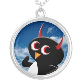 Evil Penguin™ Lile Poser Pendan