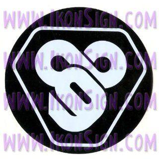 CUSTOM Tron Flynn Lives 89 Symbol TRON VINYL DECAL/STICKER