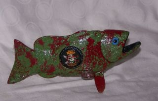 LARGEMOUTH FISH JACK BLACK BOTTLE CAP DECOY ICE FISHING SPEARING