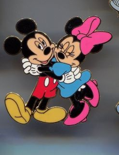 Disney Pin Jerry Leigh Design of Mickey and Minnie Hugging