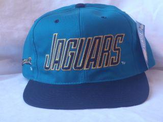 Vintage Jacksonville Jaguars Snapback NFL Full Body of Jaguar Rare 90s
