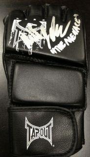 Michael Johnson signed Tapout glove MMA UFC WEC PRIDE FC DREAM FC