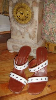 Authentic Couture Donald Pliner Heels Shoes Size 8 1 2 Narrow White