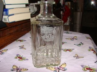 1983 Vintage Evan Williams Bourbon Whiskey Decanter