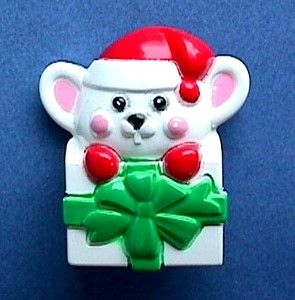 Avon Pin Christmas Mouse in Gift Box Holiday Vtg Xmas Costume Jewelry