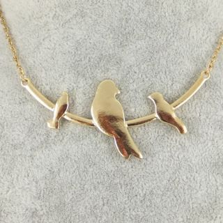 Fashion Jewelry Gold Tone Metal Lovely 3 Bird Pendant Necklace