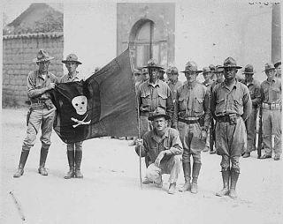 WWII Marine Corps Khaki Garrison Cap USMC Eagle Globe Anchor EGA Emblem Pin