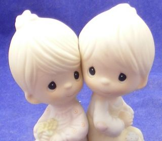 """Precious Moments """" Love One Another """" Couple C 1978"""