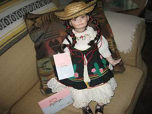 JUANITA COLLECTABLE 23 T PORCELAIN DOLL BY WILLIAM TUNG Great PPrice