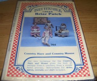 Primitive Briar Patch Country Hare Mouse Pattern