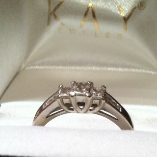 KAY Jewelers 14K White Gold 1 2 Carat 9 Diamond Princess Cut Ring Sz 7