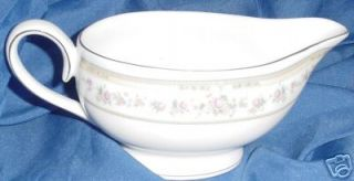 Kentfield Sawyer Fine Porcelain China Gravy Boat KSA2
