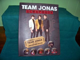 Team Jonas Brothers Scrapbook 2008 09 Fan Club Poster Patch Pictures