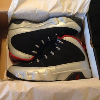 Air Jordan Retro 9 Kilroy Size 8 5